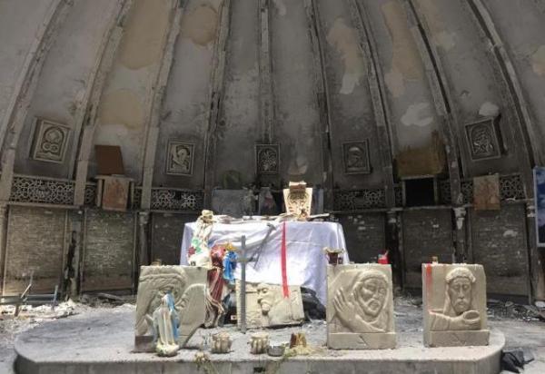 Em visita ao Iraque, Papa Francisco começa a quitar dívida histórica