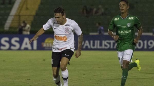 Corinthians vence o Guarani e mantém a invencibilidade