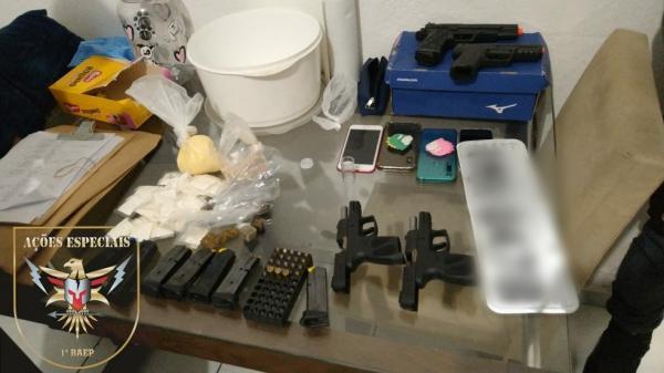 Operação contra organização criminosa apreende armas e drogas na região de Jundiaí