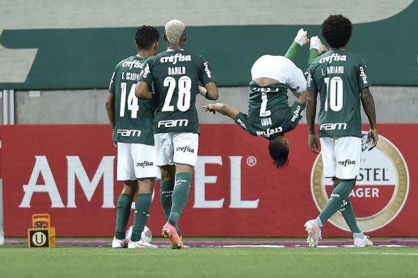 Palmeiras encerra a primeira fase da Libertadores com goleada