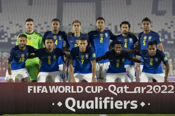 Após vitória da Seleção, jogadores se dizem contra Copa América, mas confirmam participação