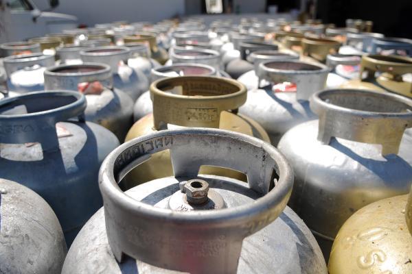 Preço do gás de cozinha tem nova alta nas distribuidoras a partir desta segunda-feira (14)