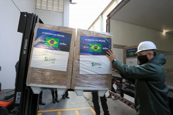 Instituto Butantan entrega mais 1 milhão de doses da CoronaVac ao Ministério da Saúde