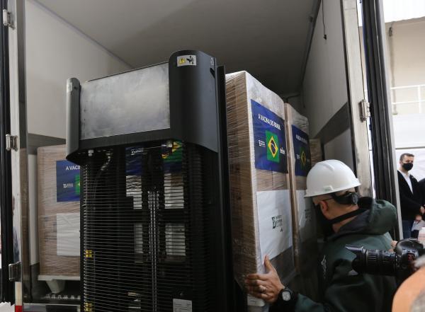 Ministério da Saúde recebe mais 4 milhões de doses da CoronaVac do Butantan