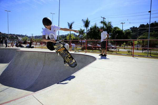 Prefeitura de Franco da Rocha oferece aulas gratuitas de skate
