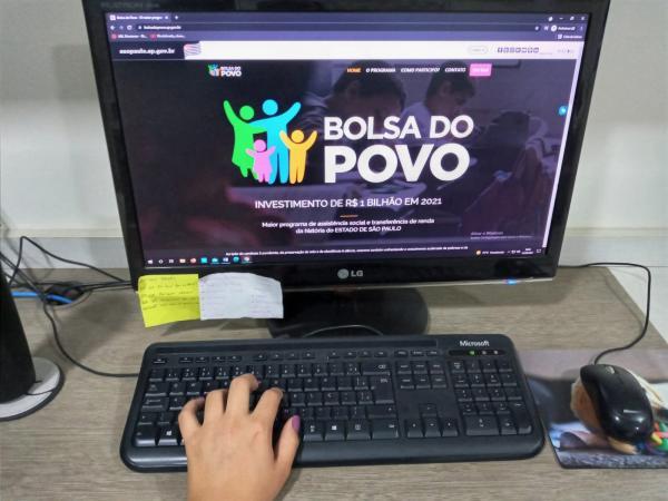 Inscrições para Bolsa do Povo Educação, que pagará até R$ 1 mil a alunos da rede estadual de SP, são prorrogadas