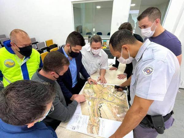 Prefeitura apresenta projeto para solucionar o trânsito de Jordanésia e do KM 38