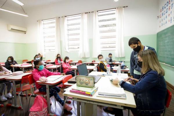 Apenas 24% das escolas estaduais estão aptas para aulas presenciais em São Paulo